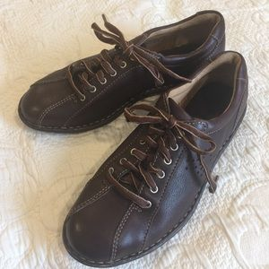 Born Leather Lace Up Shoes Sz 9 Brown